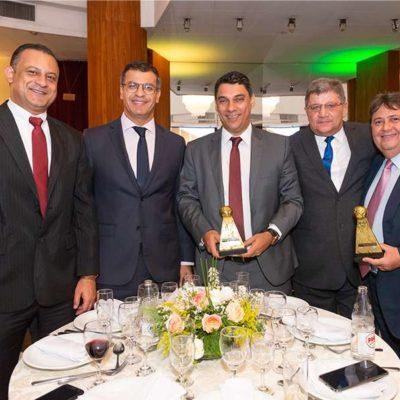 premio-segurador-brasil(64)